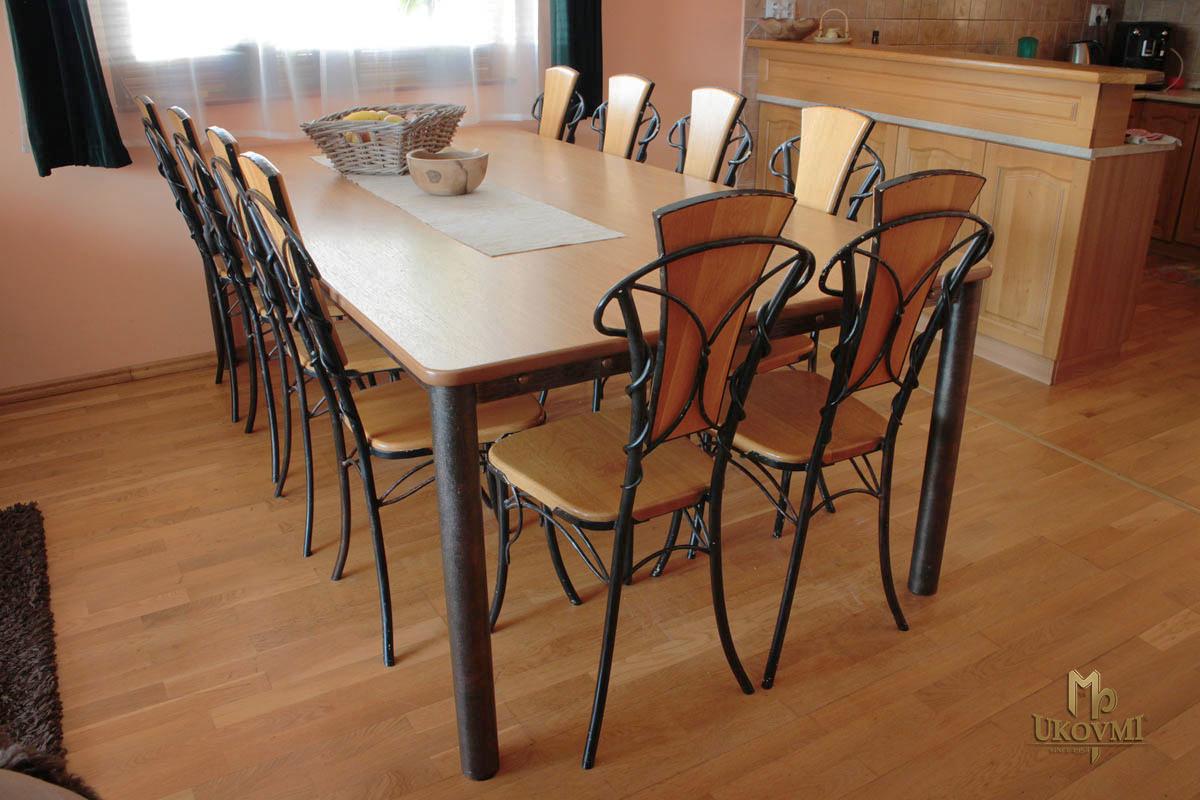 Tische und st hle kunstschmiede ukovmi for Design stuhl gitter